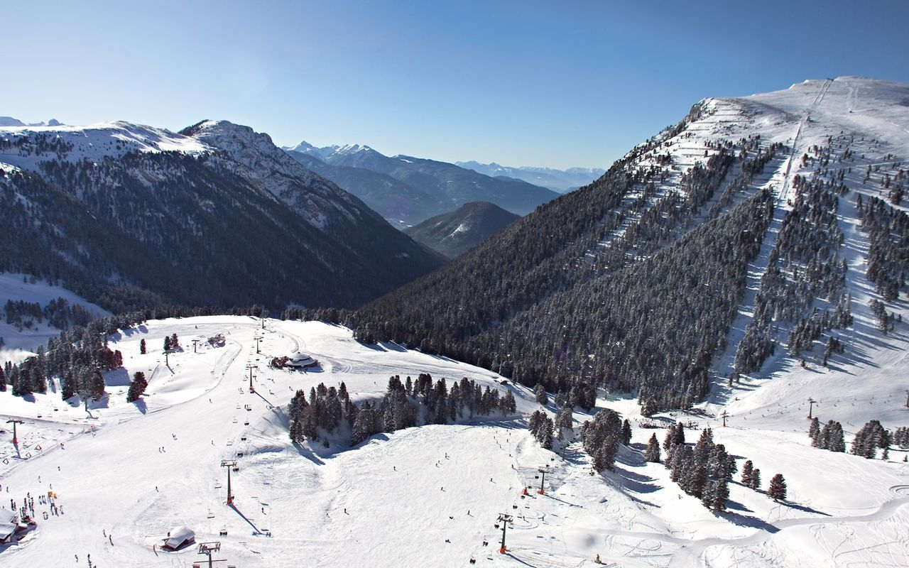 Skiing-holidays in the Dolomites, South Tyrol, Italy